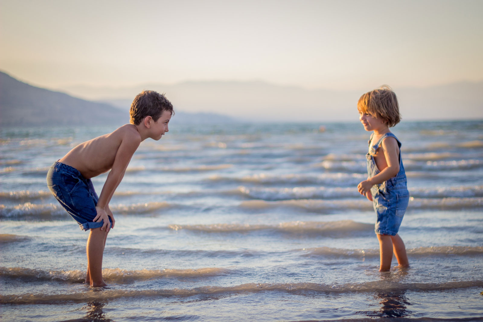 Siblings Playing At The Beach | How To Prepare Your Firstborn For A New Baby Sibling