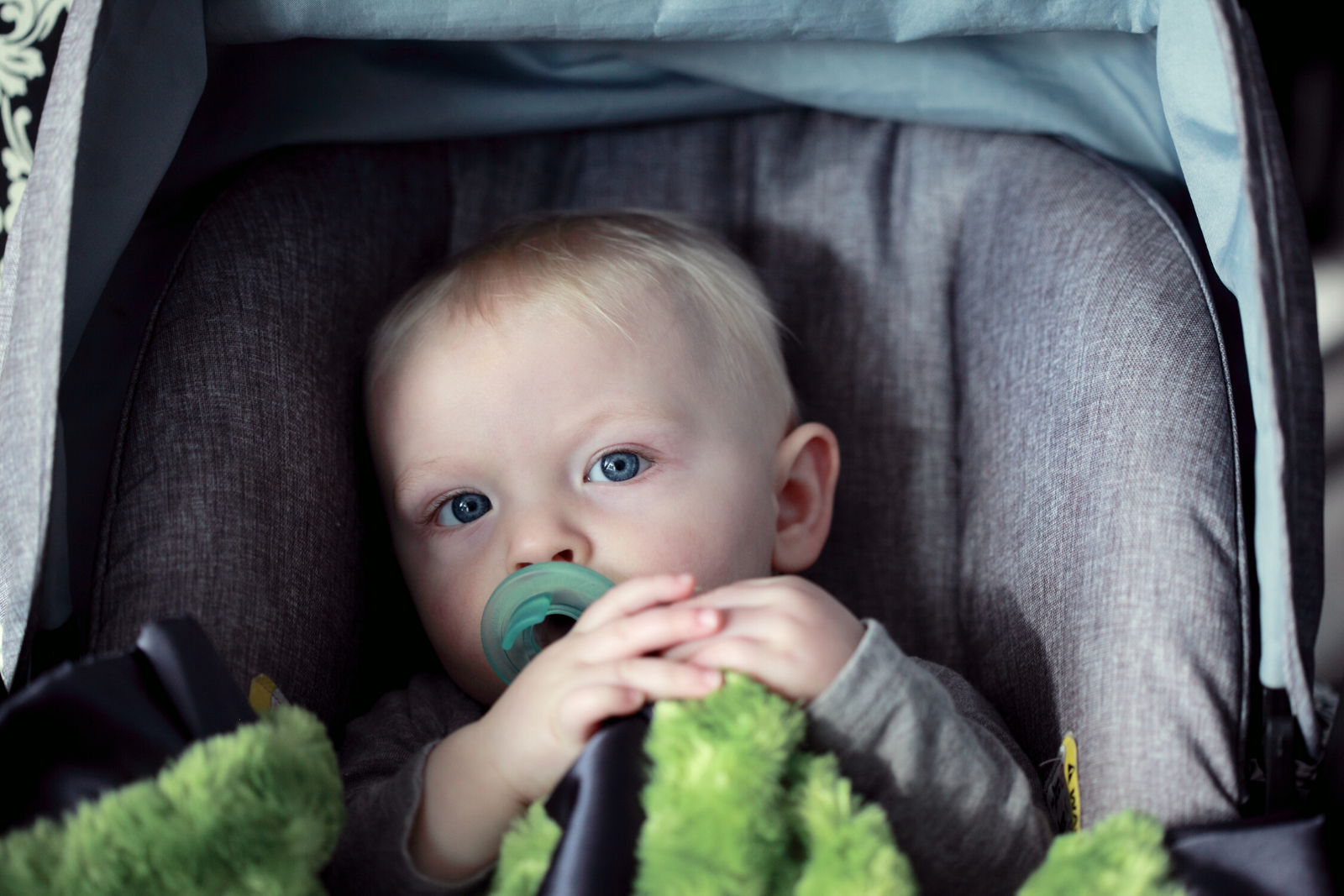 Baby In an Infant Car Seat   How To Install An Infant Car Seat (Or Where To Get Help)